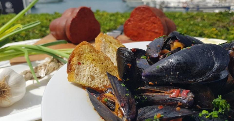 Tropea al ristorante 3 nodi presentato il piatto dell for Piatti ristorante